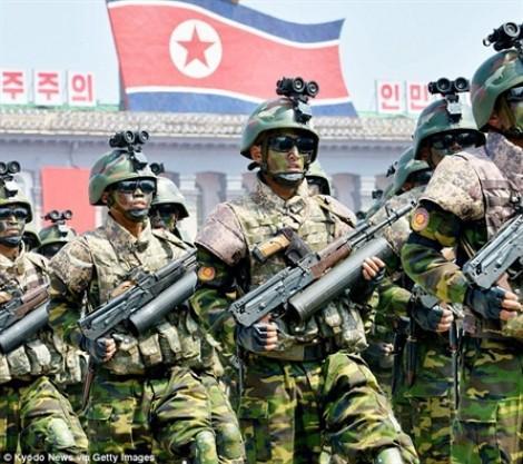 Chuyên gia Mỹ nghi vũ khí duyệt binh của Triều Tiên là đồ giả