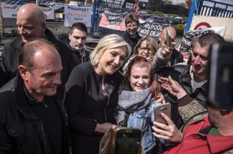 Giương ngọn cờ giống Donald Trump, liệu Le Pen có trở thành Tổng thống Pháp?