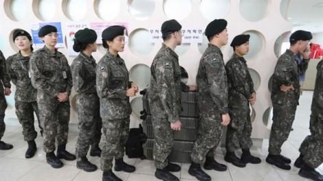 Hàn Quốc lần đầu bỏ phiếu sớm thay thế Tổng thống bị phế truất