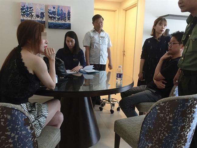 'Bong hong quyen luc 2017'  to chuc cho 'bac si' Han Quoc hanh nghe... chui