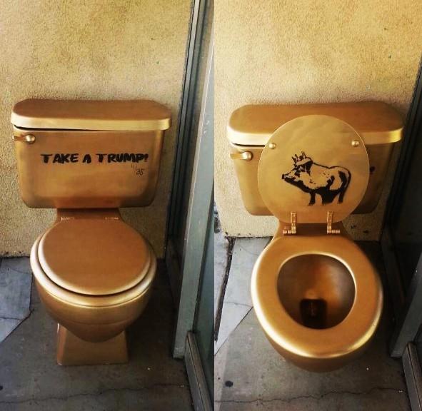 Toilet dat vang co y khieu khich Tong thong Trump?