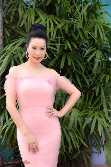 Diễn viên Trịnh Kim Chi: 'Chăm sóc da rất kỹ vào ban đêm'