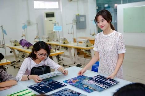 Midu làm giảng viên về thiết kế thời trang