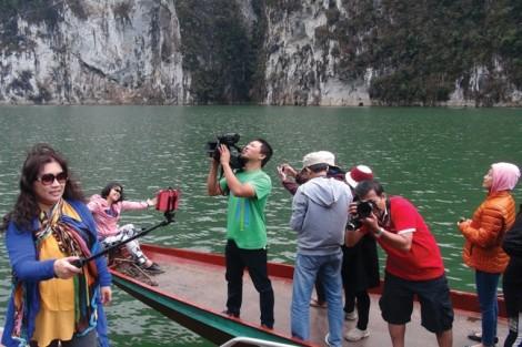 Những tour du lịch mới thu hút khách mùa hè 2017