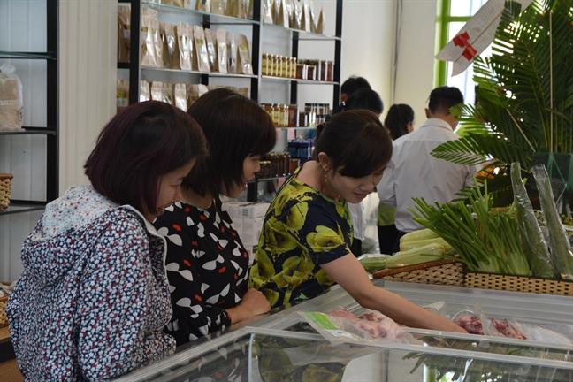 Kinh doanh thuc pham sach: Khi 'ong lon' vao cuoc