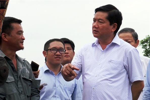 Ong Dinh La Thang xin loi dan, mong van duoc coi la 'nguoi con cua thanh pho'