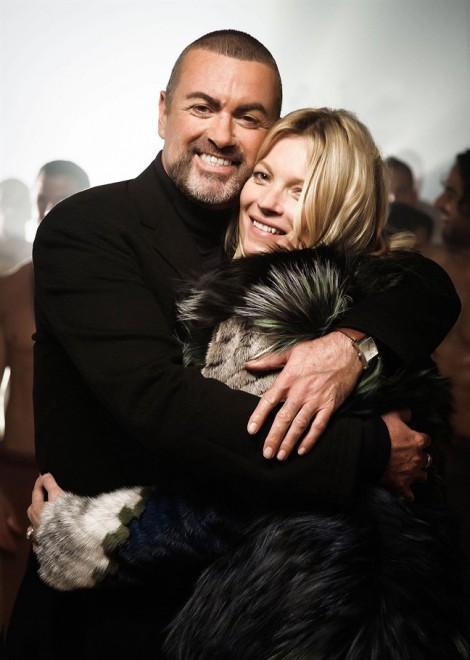 Siêu mẫu Kate Moss quay lén phim bên trong nhà George Michael