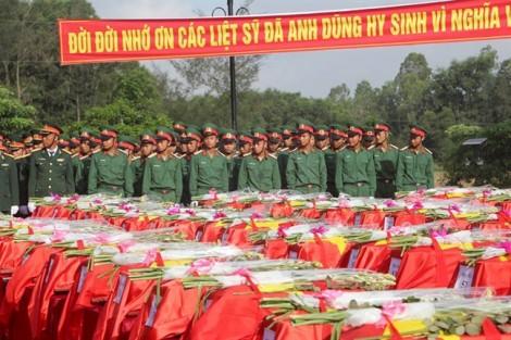 Đưa 100 hài cốt liệt sĩ hy sinh ở Lào về quê mẹ