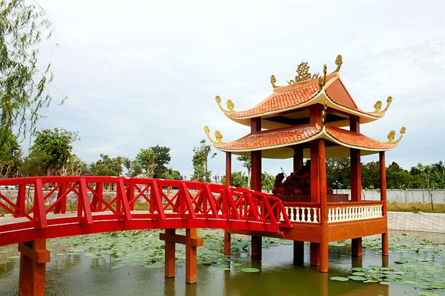 7 ngoi chua hut khach hanh huong cua mien Tay