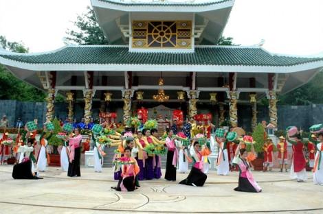 7 ngôi chùa hút khách hành hương của miền Tây