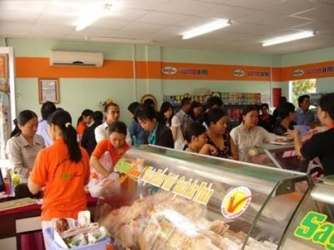 Hàng loạt siêu thị trên cả nước giảm giá thực phẩm
