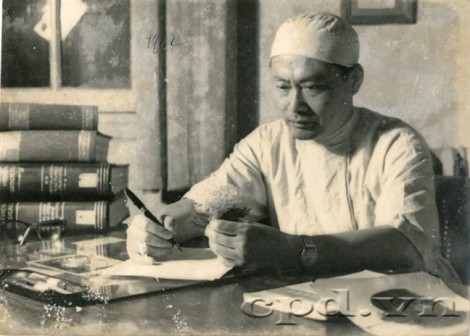 Tôn Thất Tùng (1912 -1982): Trăm năm chung một sợi dây tơ hồng