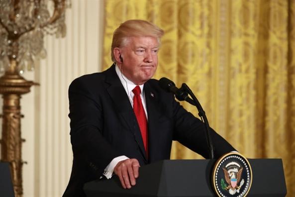 Ong Trump chinh thuc phu nhan cao buoc 'vu Comey'