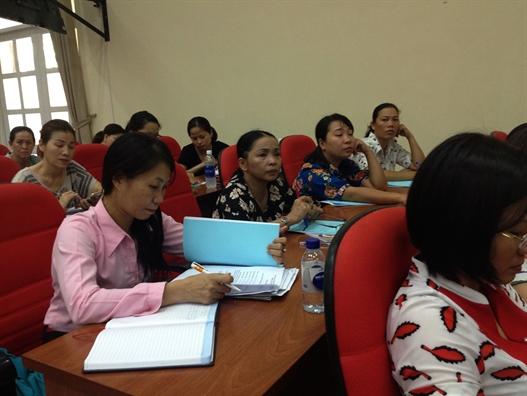 120 can bo Hoi duoc boi duong nghiep vu cong tac phu nu