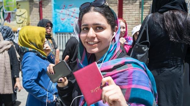 Tong thong Iran Rouhani tai dac cu, mang lai hy vong ve cai cach