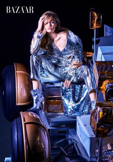 Gigi Hadid - Những bước đi bên ngoài vũ trụ