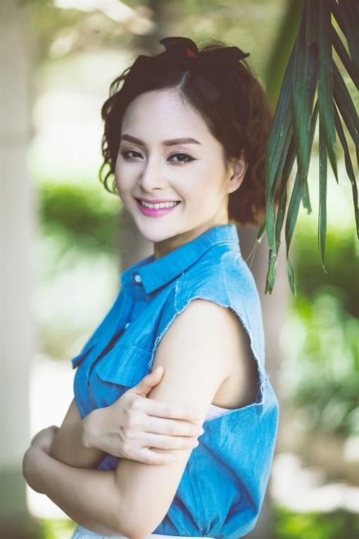 Diễn viên Lan Phương: 'Không thay đổi sẽ rất nhàm chán'
