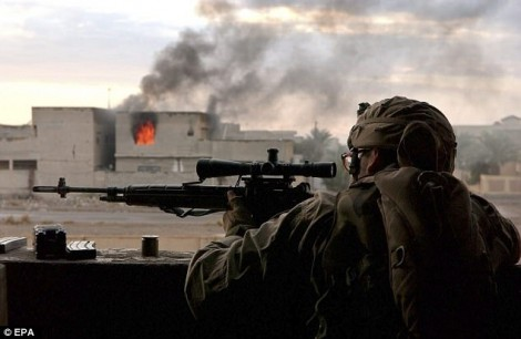 Phiến quân IS mất mạng tức khắc khi bị bắn tỉa từ 2,4km