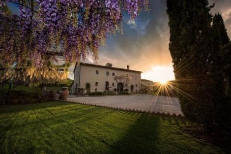 Khu biệt thự đẹp như cổ tích tại Italy mà gia đình Obama đang nghỉ
