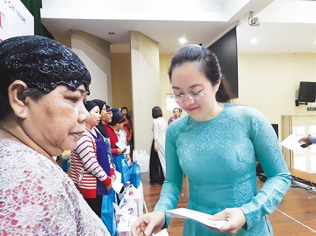 Se chia cung phu nu Cham  trong thang le Ramadan