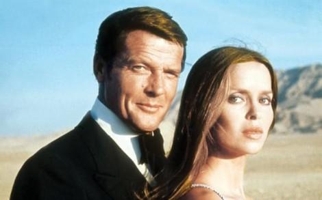 Vĩnh biệt Roger Moore - Chàng 007 yếu đuối