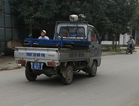 Hàng loạt xe biển xanh hết hạn kiểm định vẫn đang vô tư hoạt động