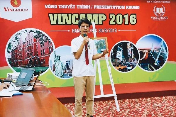 30 hoc bong toan phan tham du trai he VinCamp 2017 tai Anh quoc