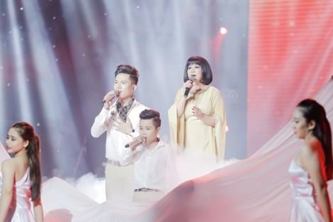 3 thế hệ ca sĩ hoà giọng ca khúc của Trịnh Công Sơn khiến khán giả thổn thức