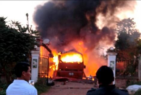 Đưa các nạn nhân vụ cháy xe khách kinh hoàng ở Lào về quê