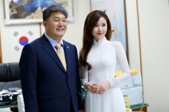 Midu sang Hàn Quốc đóng phim