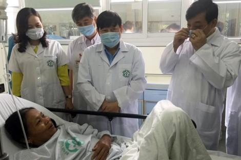 Chuyển gấp 100 bệnh nhân về Hà Nội sau vụ sốc phản vệ ở Hòa Bình