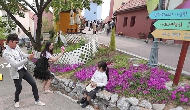 Huy Khanh dua con gai nho den phim truong phim 'trieu do' cua Lee Min Ho