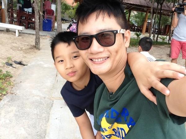 'Bo me bim sua' showbiz Viet phan doi quy dinh cam dang anh con