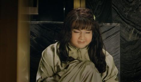 Minh Hằng 'tăng' 15kg, xấu lạ đến hoảng hốt