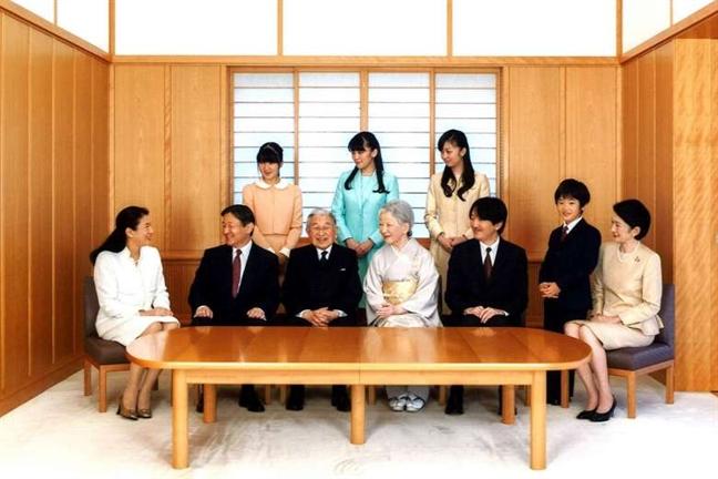 5 dieu thu vi duoc bat mi truoc khi Nhat hoang Akihito thoai vi