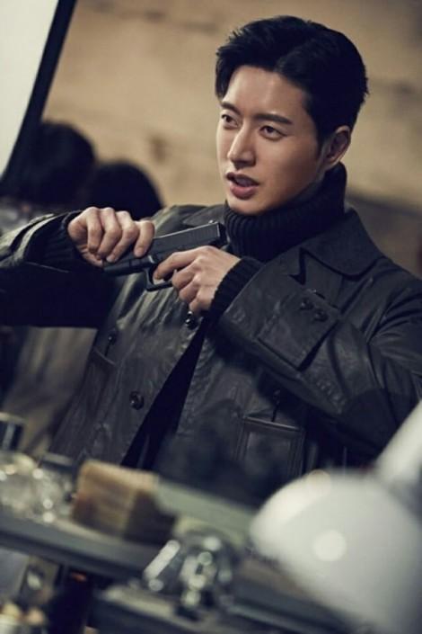 Gu thời trang biến hóa linh hoạt của Park Hae Jin trong 'Man to Man'
