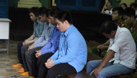 Hoãn phiên phúc thẩm vụ CSGT Tân Bình kêu giang hồ đánh chết người