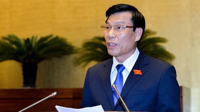 Bo truong Nguyen Ngoc Thien nhan trach nhiem 'mot cach chung chung'?