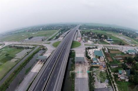Đường cao tốc Việt Nam đắt gấp 4 lần ở Mỹ?