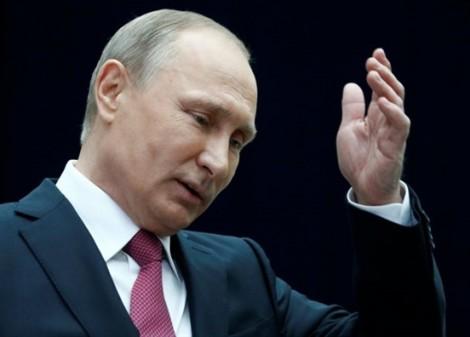 Gợi ý cựu Giám đốc FBI 'tị nạn', Putin trêu ngươi Mỹ?
