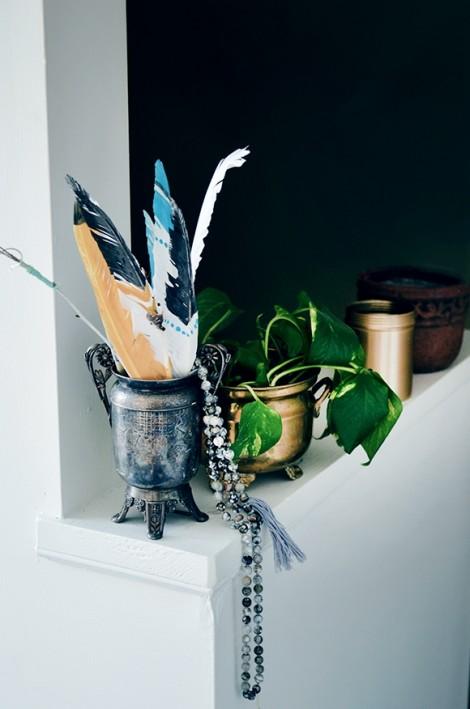 Cân bằng năm yếu tố phong thủy cho ngôi nhà từ vật trang trí
