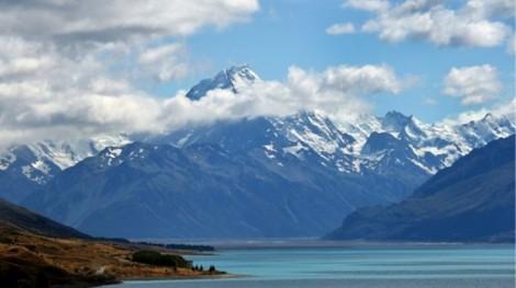 Vì sao ở nơi đẹp và thanh bình như New Zealand, giới trẻ lại tự tử quá nhiều?
