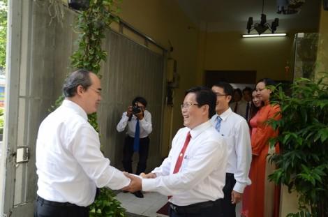 Bí thư Nguyễn Thiện Nhân thăm, chúc mừng các cơ quan báo chí
