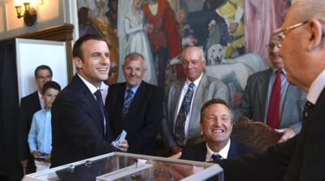Tổng thống Pháp Macron lại có thêm chiến thắng vang dội