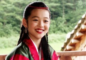 Sulli: Câu chuyện đằng sau hình ảnh 'gái hư' Kpop