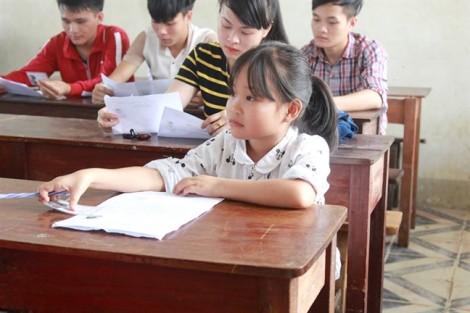 Nữ sinh 'tí hon' quyết chinh phục giấc mơ giáo viên mầm non