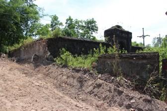 Xôn xao thông tin khu vực nghi mộ vợ vua Tự Đức bị san ủi làm bãi đậu xe