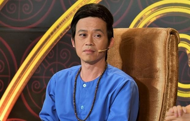 Nghe si Hoai Linh bi khan gia 'choi da' khi dang giao luu