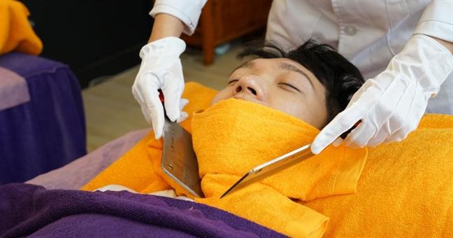 Nguoi thich massage bang dao co tam ly khong binh thuong