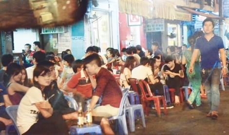Phố Tây Sài Gòn: Điểm đến tự nhiên, đừng áp đặt!